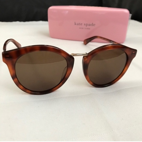 1950's Oval Style KATE SPADE sunglasses NEW + case
